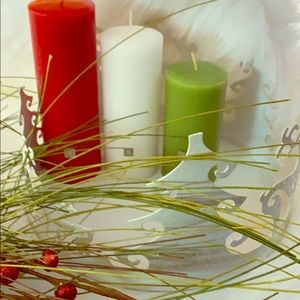 PartyLite 3piece Mini Pillar Holiday Garden Trio